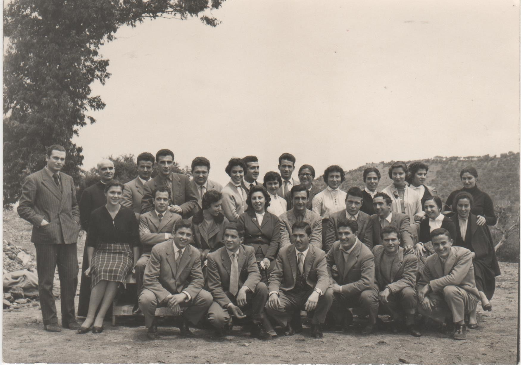 3-Liceo-Classico-1957-Prof.-Nicola-Tanda